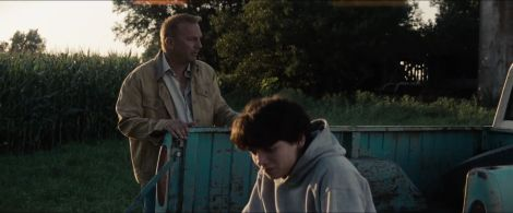 Man-of-Steel-Trailer-Images-Young-Clark-and-Pa-Kent-on-Kent-Farm